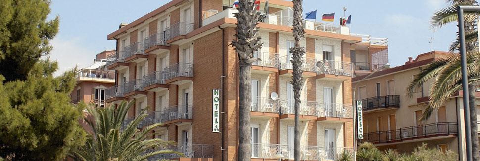 Hotel moresco andora vacanze in liguria soggiorno al mare for Soggiorno in liguria